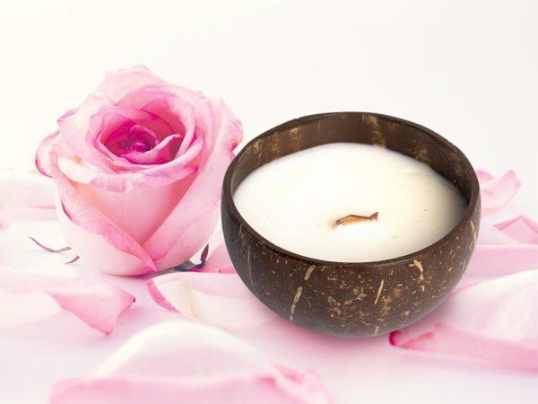 vỏ dừa Nến thơm thiên nhiên Hoa hồng